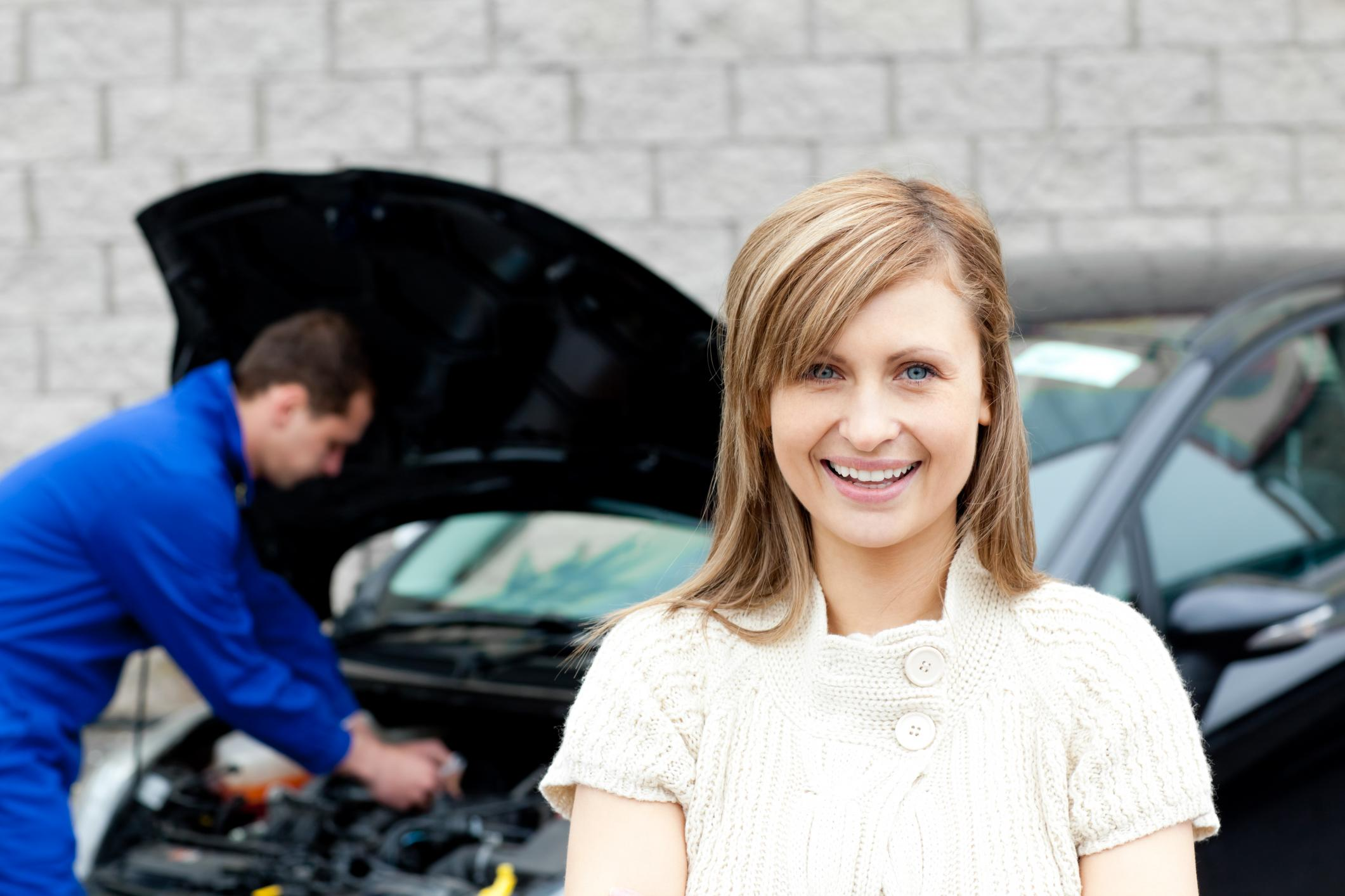 This is a picture of a Chicago's best mobile mechanic pros.
